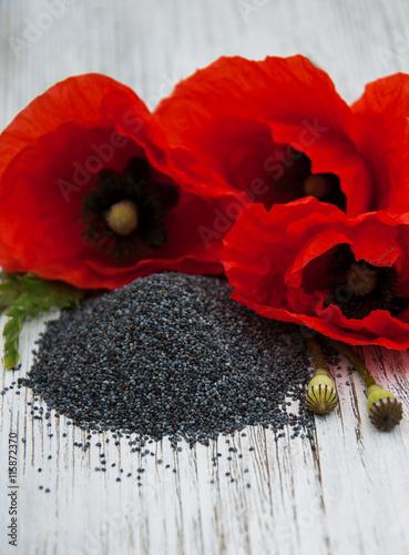 Plakat Nasiona maku i kwiaty