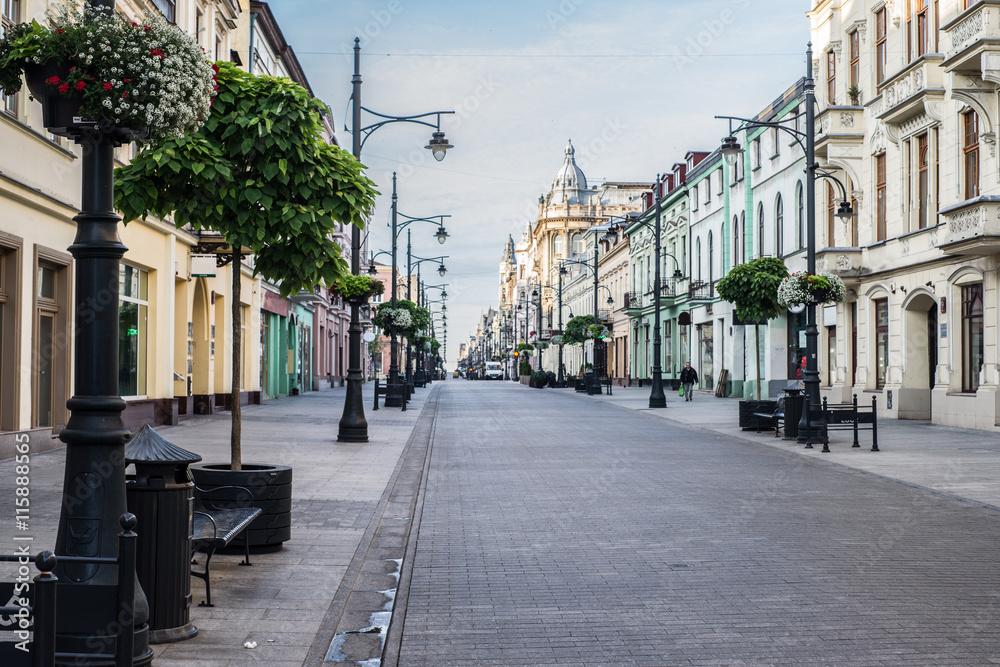 Fototapeta Ulica Piotrkowska w łodzi, zabytkowe kamienice