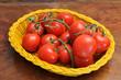 Cesto di pomodori