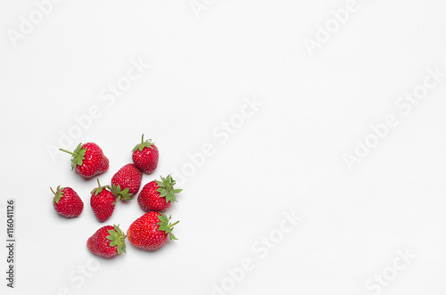 Healthy eating in the restaurant and diet Topic: beautiful ripe strawberries iso Canvas-taulu