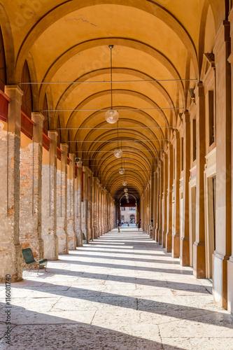 Fototapety, obrazy: bench under the arches