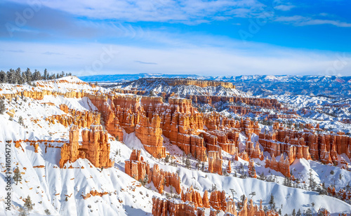 Bryce Canyon in Winter Fotobehang