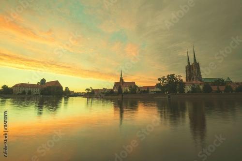 Garden Poster Coral Wroclaw / zabytkowa dzielnica Ostrów Tumski / zachód słońca