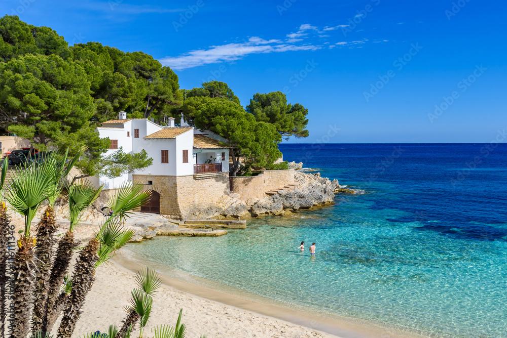 Cala Gat in Ratjada, Mallorca - schönen Strand und Küste Foto ...