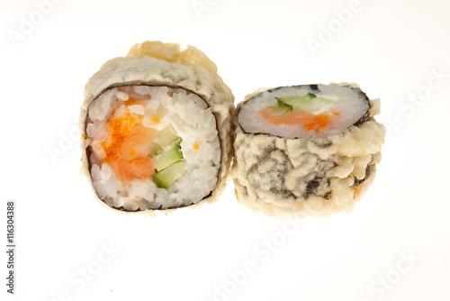 Photo sur Aluminium Sushi bar Delicious sushi isolated on white background.