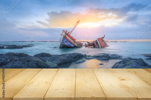 Poster Naufrage Shipwrecks and sunset