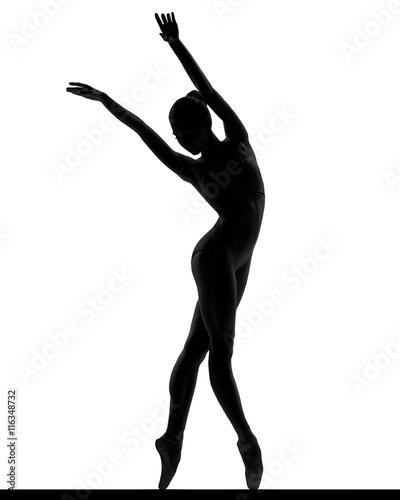 Photo  silhouette of a posing balerina