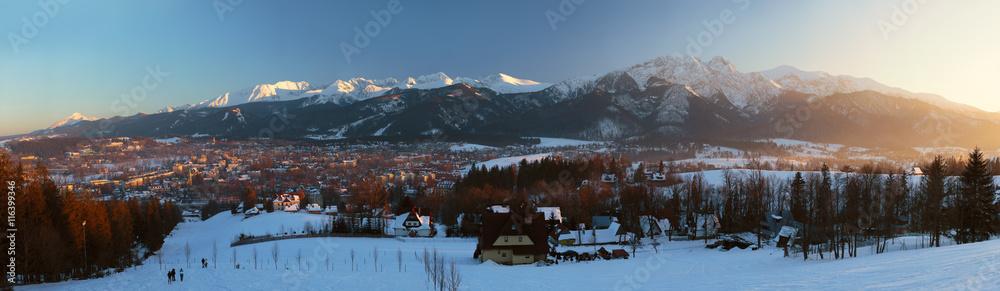 Fototapety, obrazy: Zimowy zachód słońca w Zakopanem