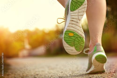 Foto  Frau beim Laufen