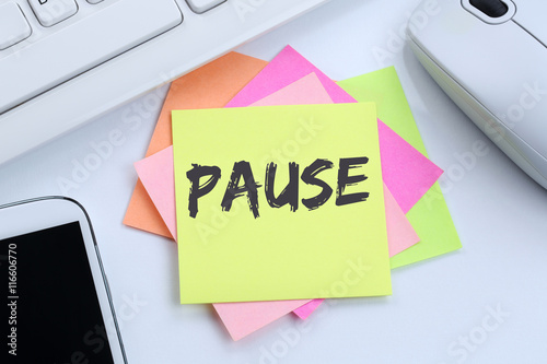 Fotografie, Obraz  Pauza Mittagspause Erholung Arbeit Business Konzept Schreibtisch