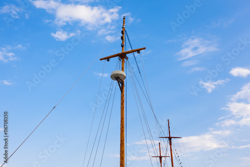 Valokuva  Masts in marina over the sky