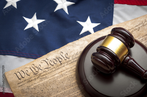 Fotografia, Obraz American flag, US constitution and a judge's gavel symbolizing the American just