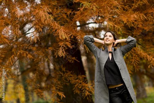 Fotobehang Jacht Woman in autumn park