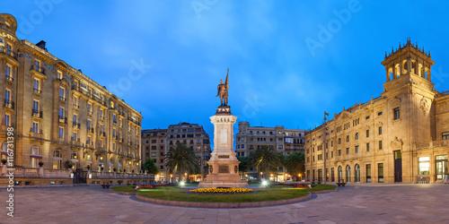 Fotografie, Obraz  Oquendo square in San Sebastian