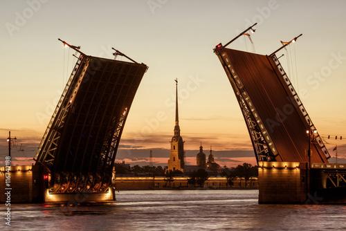 Fotobehang Praag Palace Bridge at White Nights, St. Petersburg, Russia