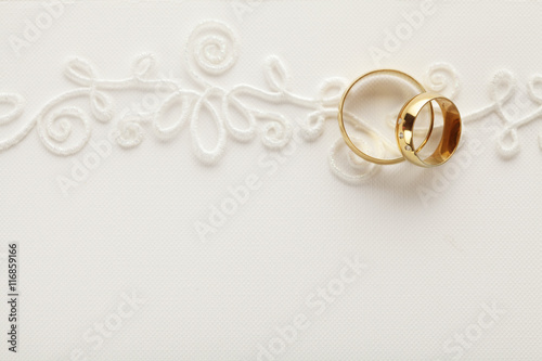 Background Pictures For Wedding Invitations: Wedding Invitation Background With Wedding Rings