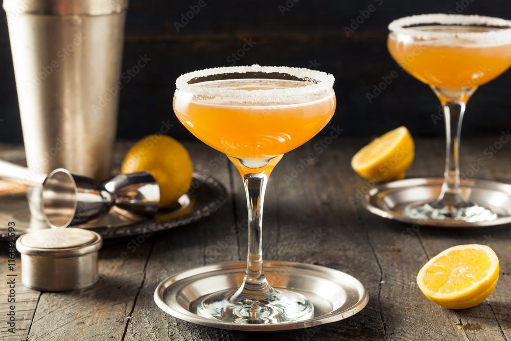 Fototapeta Refreshing Boozy Sidecar Cocktail