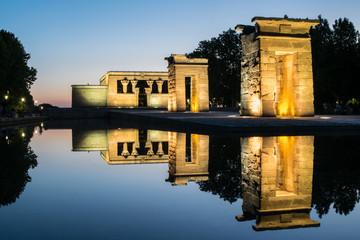 Tramonto al Tempio di Debod a Madrid