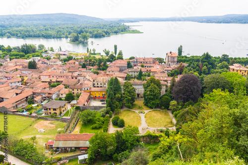 Fotografie, Obraz  Angera dall'alto, Lago Maggiore