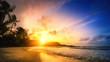 Sonnenuntergang am Meer, tropisches Paradies