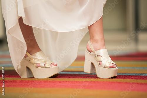 Fotografía  Zapatos y vestidos de fiesta