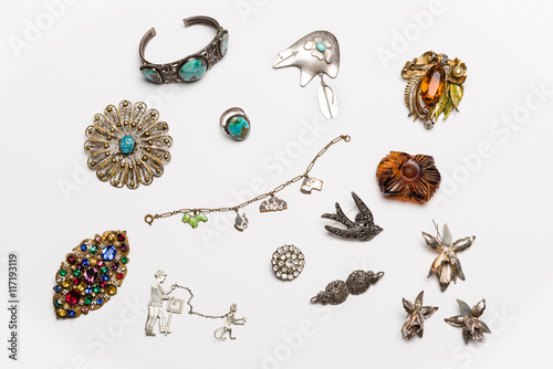 Stampe  Vintage antique jewelry collection isolated on a light background