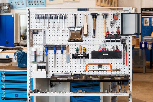 Fényképezés  Lean Produktion 5S Werkzeugwand