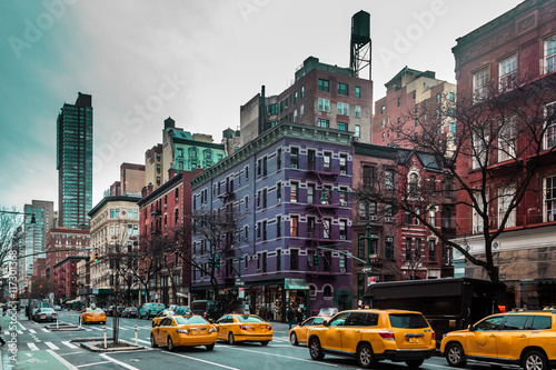 Photo sur Aluminium New York TAXI Buildings and streets of Upper West Site of Manhattan, New York