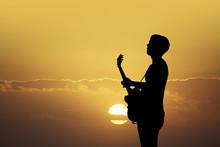 Illustration Of Guitarist At S...