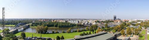 Foto auf Gartenposter Stadt am Wasser Magdeburg - Panorama