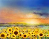 Kwiat słonecznika. Obraz olejny krajobrazu wiejskiego zachodu słońca ze złotym polem słonecznika. Ciepłe światło słońca i wzgórza w kolorze pomarańczowym i niebieskim w tle. - 117377364
