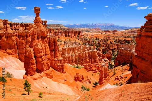 Canvas Print Bryce Canyon National Park hoodoos with the famous Thor's Hammer, Utah, USA
