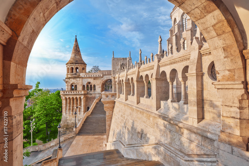 Photographie View on the Old Fisherman Bastion in Budapest. Arch Gallery.