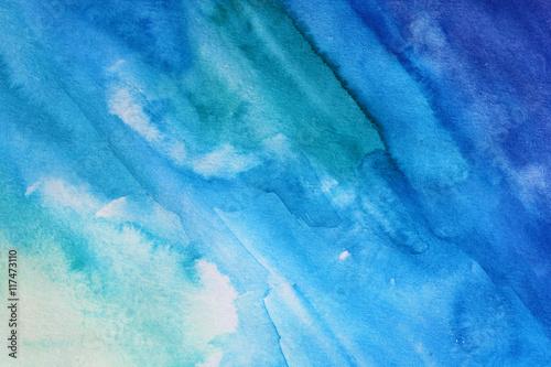 Zdjęcie XXL papierowa tekstura z plamami błękitna akwarela, abstrakcjonistyczny tło
