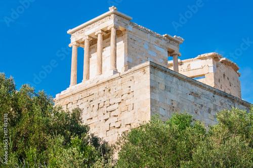 Fotografija  The temple of Athena Nike in Acropolis of Athens, Greece.