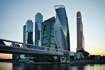 Panel Szklany Podświetlane Moskwa MOSCOW - August 04, 2016: Skyscrapers of Moscow city business ce