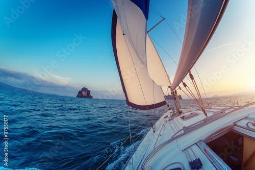 Fototapety, obrazy: Sailing boat