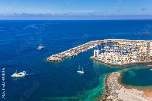 Photo  Puerto de Mogan town on the coast of Gran Canaria, Spain