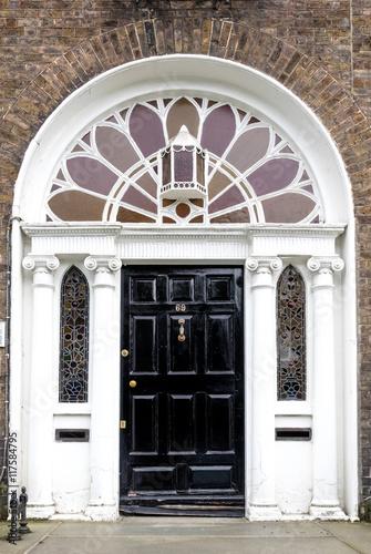 Stampe  Irland - Dublin - bunte Türen am Merrion Square Park