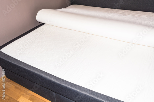 Detail Schlafzimmer Boxspringbett Matrazen Buy This Stock Photo