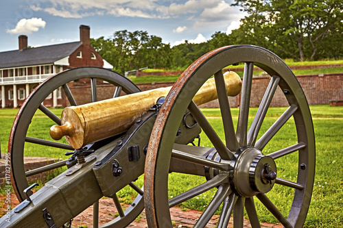 Photographie  Cannon at Fort Washington, Military fort established in the 1800's to protect Wa