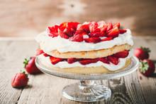 Strawberry And Cream Sponge Cake