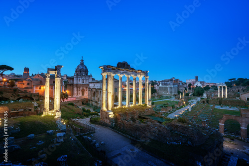 Photo  Roman Forum in Rome at sunset, Italy