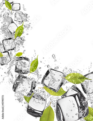 Poster Dans la glace ice cubes with water splashes on white background