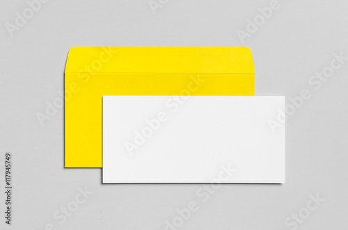 Fotografía  Branding / Stationery Mock-Up - Yellow & White - DL Envelope, Compliments Slip (