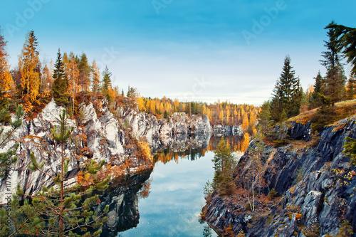 Fototapeta  Marble canyon Ruskeala