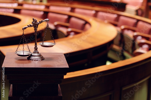 Obraz Decorative Scales of Justice in the Courtroom - fototapety do salonu