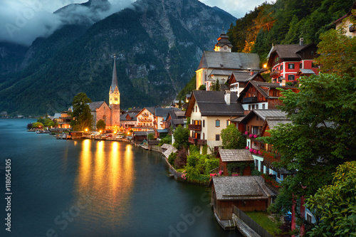 Fotografie, Obraz  Hallstatt Village Austria . Hallstatt at Night