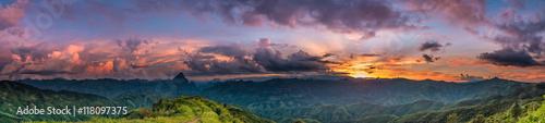 Keuken foto achterwand Lavendel Sunset over mountain.