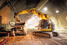 Concrete Road Tunnel Construction Excavator